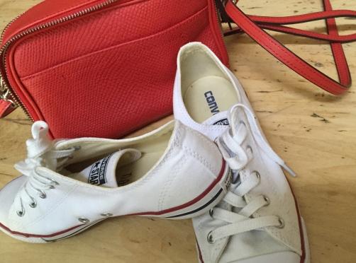 converse-purse-chucks