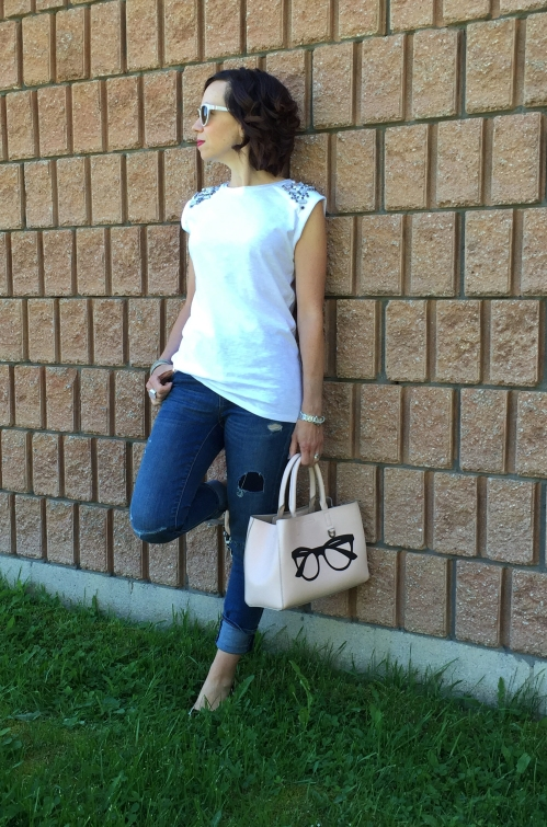 amydressed-white-tee-distressed-jeans.jpg