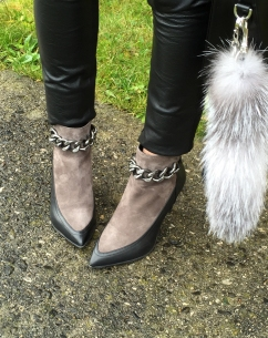 amydressed-suede-booties-fur