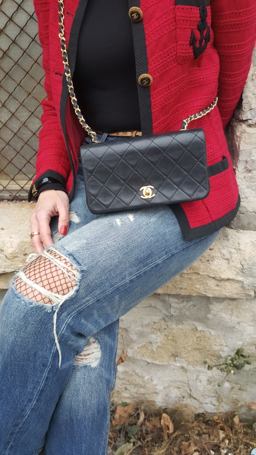 amydressed-chanel-flap-purse.jpg