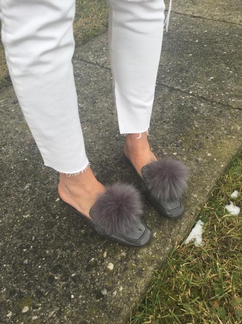 amydressed-mules-faux fur-pom-pom-white-jeans.jpg