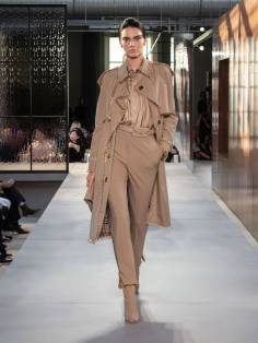 burberry-spring_summer-2019-collection-look-040
